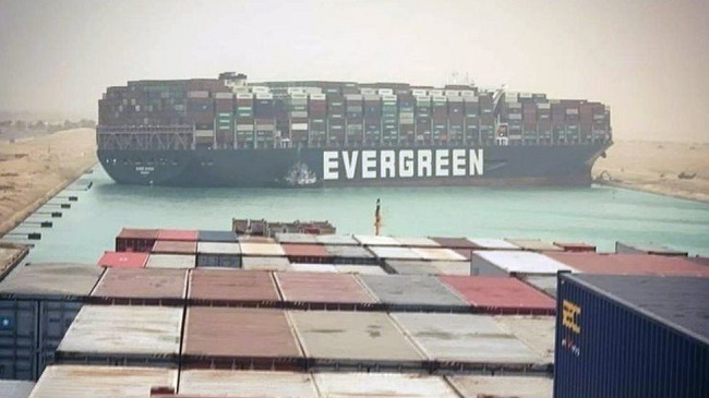 Ever Given finally arrives in Rotterdam